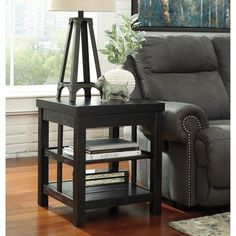 Signature Design by Ashley Gavelston End Table - T752-2