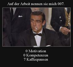 Auf der Arbeit nennen sie mich 007.. Really Funny Memes, Wtf Funny, Funny Fails, Funny Jokes, Funny School Pictures, Funny Sports Pictures, Funny Photos, Memes Humor, Man Humor
