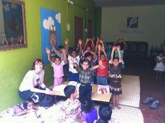 """En uno de los centros de """"Semillas para el Cambio"""" en Varanasi. Bravo por su trabajo!!"""