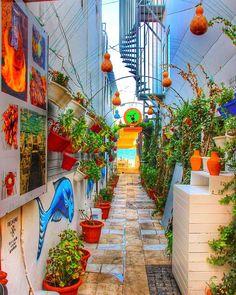 Bodrum Bodrum / Muğla Antik çağın en eski yerleşim yerlerinden birisi olan Halikarnas üzerine kurulmuş olan Bodrum, aynı zamanda… Destinations, Exotic Places, Turkey Travel, Wonders Of The World, Istanbul, Tourism, Beautiful Places, Travel Photography, Fair Grounds