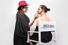 Makeup case, Makeup Chairs, Cosmetic & Makeup cases - MOI-MUA Lifestyle for Makeup
