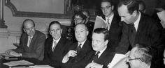 Η ΜΟΝΑΞΙΑ ΤΗΣ ΑΛΗΘΕΙΑΣ: 1953 οταν η  Ελλάδα διέγραψε το χρέος της Γερμανία...