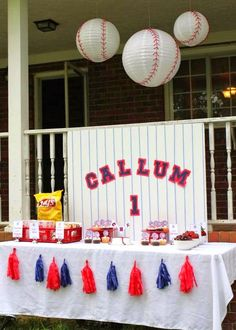 Smarty Parties  Whou0027s on First?  Callumu0027s Baseball First Birthday. Baseball Party DecorationsParties ... & Creative Centerpiece Ideas - WOW.com - Image Results | Centerpiece ...