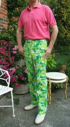 vintage Lilly Pulitzer men's slacks, circa worn with a Lacoste polo shirt in the Palm Beach manner Lilly Butterfly Print Sk. Preppy Mens Fashion, Best Mens Fashion, Men's Fashion, Lilly Pulitzer Prints, Mens Slacks, Lacoste Polo Shirts, Ladies Who Lunch, Well Dressed Men, Fancy Pants
