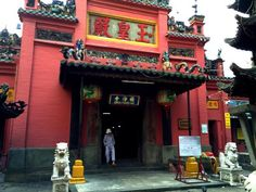 Ba Thien Hau Temple: 710 Nguyen Trai, District 5 | Cho Lon, Ho Chi Minh City, Vietnam