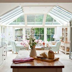 Open-plan conservatory | Vintage country house | House tour | PHOTO GALLERY | Housetohome