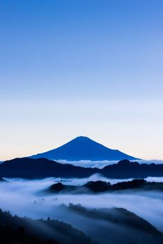 Fuji with cloud Landscape Photos, Landscape Photography, Nature Photography, Mount Fuji Japan, Japanese Nature, Japanese Design, Mountain Paintings, Beautiful Landscapes, Places To See