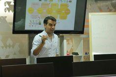 Sesión de Marketing Digital en el Máster de Diseño Grafico en Animun.