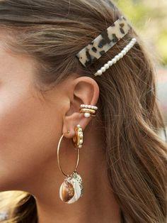 Minimalist Earrings, Minimalist Jewelry, Hair Express, Gold Bar Earrings, Pearl Hair Pins, Ear Piercings, Hair Clips, Hair Barrettes, Wedding Jewelry