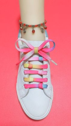 How to tie shoelaces Ways To Tie Shoelaces, Sagging Face, Face Wrinkles, Cool Art Drawings, Face Skin, Muscle, Exercise, Style, Zapatos