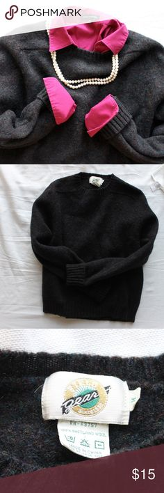 Vintage 100% Shetland Wool Sweater Shetland wool is basically the warmest thing you can put on your body, and this sweater is no exception! A lovely vintage piece, this dark blackish-brown sweater is flecked with reddish, whitish, and greenish throughout. Roll up the sleeves and the waist for a slimmer look, or keep it all loose for comfy cozy fall fashion. Marked a medium, but HUGE for that - feel free to ask for measurements! A small nick in the collar; you can sort of see it in the third…