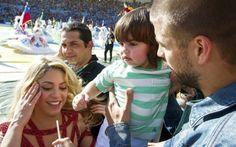 Armario de Noticias: Televisión colombiana afirma que Shakira está emba...