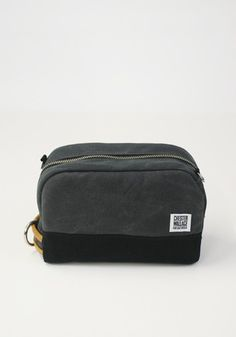 c7cf19c5b7 Chester Wallace Small Format Bag Chester