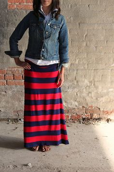 I love this look. Maxi skirt, button up shirt and denim jacket.
