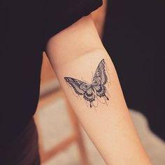 만다라나비 #mandala#mandalatattoo#butterfly#butterflytattoo#mandalabutterfly#mandalabutterflytattoo#만다라#만다라타투#나비#나비타투#만다라나비#tattoo_grain#라인타투#라인워크#linetattoo#linework