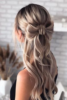 Easy Wedding Guest Hairstyles, Easy Formal Hairstyles, Messy Hairstyles, Wedding Hair Up, Long Hair Wedding Styles, Hair Ideas For Wedding Guest, Wedding Pins, Wedding Bride, Formal Hair Down