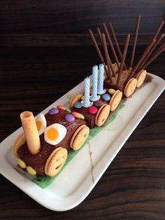 Petit train d anniversaire: Train de gourmandises et bonbons