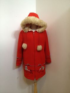 Vintage 70s Red  Eskimo/Inuit wool coat/Parka with by polomocha
