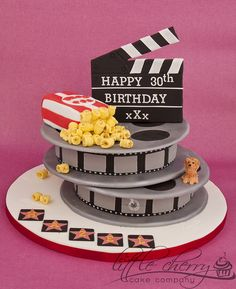 Movie Reel Cake by Little Cherry Cake Company, via Flickr