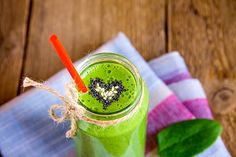 Top 3 Benefits Of Green Smoothies - http://www.wheatberrycafe.com/2016/top-3-benefits-of-green-smoothies/