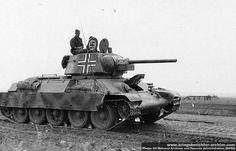 Rare photo: Captured Russian T-34 tank with schürzen (side-skirts)