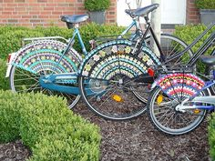 Ravelry: Pimp your bike, Crocheted Skirt Guards, Fahrradnetz, jasbeschermer pattern by Meertje