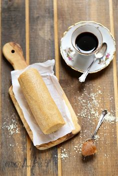 chestnut cream almond paste discovered by Ʈђἰʂ Iᵴɲ'ʈ ᙢᶓ Chestnut Cream, Almond Paste, Dessert Recipes, Desserts, Finger Foods, Gluten, Treats, Cheese, Snacks