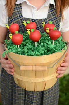 Frog prince: Back To School~ Apple Cake Pop Tutorial