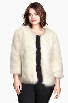 Shop Women's H&M size L Jackets & Coats at a discounted price at Poshmark. Description: never been worn H&M white faux fur jacket. Zips inside, no damage- perfect condition (:. Curvy Fashion, Plus Size Fashion, Girl Fashion, Fashion Outfits, Latest Fashion For Women, Fashion Online, Plus Size Womens Clothing, Clothes For Women, White Faux Fur Jacket