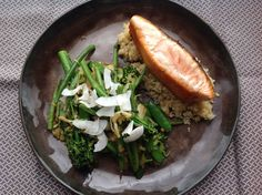 Salmon with matcha caramel, green beans and quinoa. Balancing for Pitta.