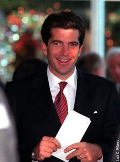 John F. prepares his notes at the JFK Jr. John Kennedy Jr, Carolyn Bessette Kennedy, Ted Kennedy, Caroline Kennedy, Jfk Jr, Jacqueline Kennedy Onassis, Jaqueline Kennedy, John John, Kennedy Compound