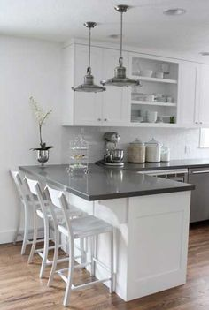 Supreme Kitchen Remodeling Choosing Your New Kitchen Countertops Ideas. Mind Blowing Kitchen Remodeling Choosing Your New Kitchen Countertops Ideas. Kitchen Ikea, Kitchen Cabinets Decor, Cabinet Decor, Kitchen Cabinet Design, Kitchen Redo, New Kitchen, Cabinet Ideas, Cabinet Makeover, Kitchen Backsplash