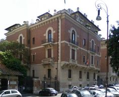 South African Embassy - Via Tanaro, 14 - 00198 Roma Tel.: 06852541 - Fax: 0685254300 E-mail.: sae@sudafrica.it