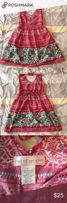 band of gypsies dress NWOT.  Has pockets. Band of Gypsies Dresses Mini