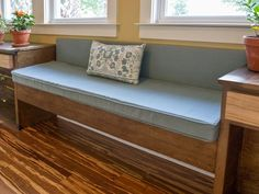 Jason Cameron's Built-In Window Sofa