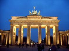 Lots of couples are striving to spend their honeymoon vacation somewhere in the tropical destinations lying on the beach and doing nothing. But if you're in for an active holiday and think that idle pastime is too boring for you, travel to Berlin t