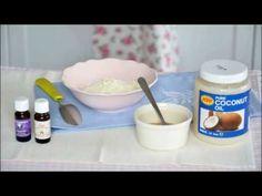 Przepis na mleko do kąpieli: http://dailytips.pl/kpiel-dla-suchej-skory/