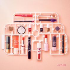 . Feeling pretty with our besties! 매일매일 색다르게 MIX&MATCH! 메이크업도 놀이처럼 즐겁게 #Makeup #etude #etudehouse #에뛰드 #에뛰드하우스 #에뛰드그램 #伊蒂之屋 #エチュードハウス Cosmetic Packaging, Beauty Packaging, Etude House, Cute Makeup, Beauty Makeup, Cosmetic Design, Cosmetic Display, Creative Pictures, Beauty Shots