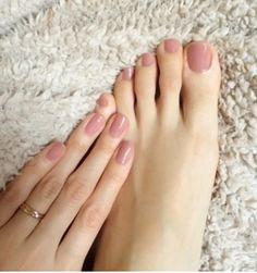 hair w 2019 trendy nails, toe nails i feet nails. Manicure Y Pedicure, Pedicure Colors, Pedicures, Pedicure Ideas, Pink Pedicure, Toe Nail Colours, Mani Pedi, Nuetral Nail Colors, Dark Colors