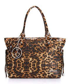 ♥   I cannot get enough animal print. So fiesty. Love it.