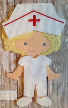 Listing includes: 1 nurse outfit with hat and shoes  OR  1 doctor outfit with mask and shoes    Dolls sold separately  Please specify