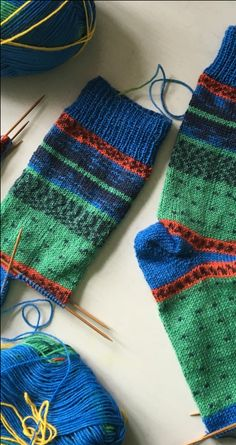 HOW TO KNIT A SHORT ROW HEEL – ARNE & CARLOS