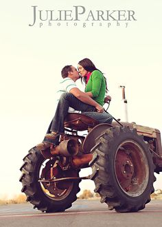Tractors and kisses GREAT ENGAGEMENT PICTURE!
