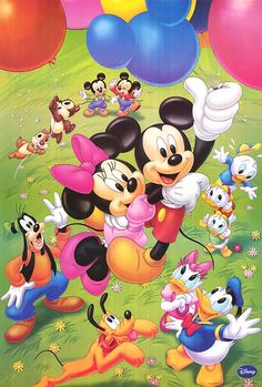Mickey and Minnie Mouse balloon ride. Mickey Mouse Art, Mickey Mouse Wallpaper, Mickey Mouse And Friends, Disney Wallpaper, Disney Movie Posters, Disney Cartoon Characters, Disney Cartoons, Disney Movies, Walt Disney