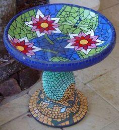 Birdbath of pond scene including waterlillies and a dragonfly. Vines mosaic birdbath in ceramic tiles by Brett Campbell Mosaics Mosaic Birdbath, Mosaic Glass, Glass Art, Stained Glass, Fused Glass, Mosaic Crafts, Mosaic Projects, Mosaic Designs, Mosaic Patterns