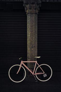 Bici Rosa (by Giorgio Vianini)