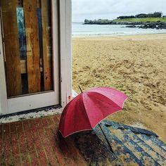 Día de lluvia  Playa brazo mar Castro urdiales