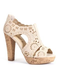 Love these Summer shoes I could never wear the heal but sooooo cute