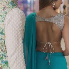 Sari Blouse Designs, Fancy Blouse Designs, Kurta Designs, Blouse Patterns, Tashan E Ishq, Stylish Blouse Design, Indian Designer Outfits, Chiffon Saree, Suit Fashion