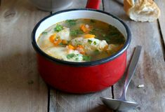 Supă de pui cu găluşte - Retete culinare - Romanesti si din Bucataria internationala
